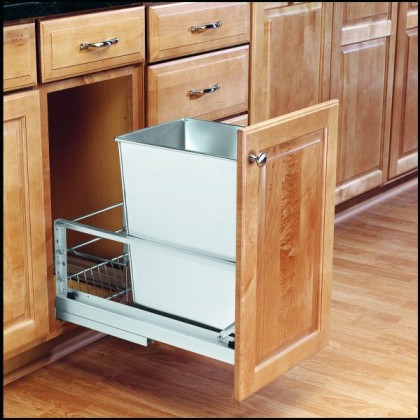"""22"""" Single 32 Qt. Pull-Out Container (Stainless Steel)"""