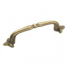 Cavalier Pull (Antique Brass) - 3""