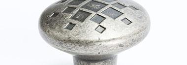 Berenson Finish: Rustic Nickel (RN)